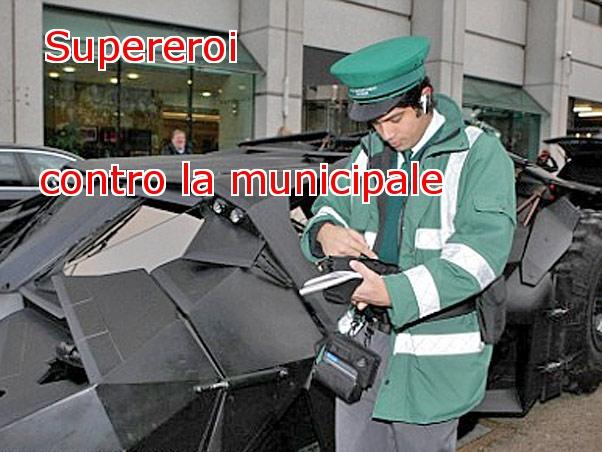 supereroi contro la municipale