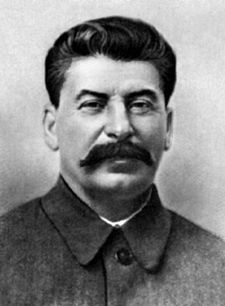 stalin sorridente