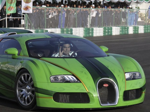 berdymukhamedov-race-bugatti-turkmenistan-president